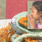 Samridhi, daughter of Naik Deepak Nainwal paying last tributes to her father