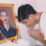 Son Siddhartha pays his respects to Capt Chander Choudhary