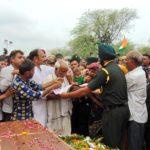 People paying tributes to Ptr Mukut BihariMeena