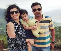 Major Ketan Sharma with his wife & daughter