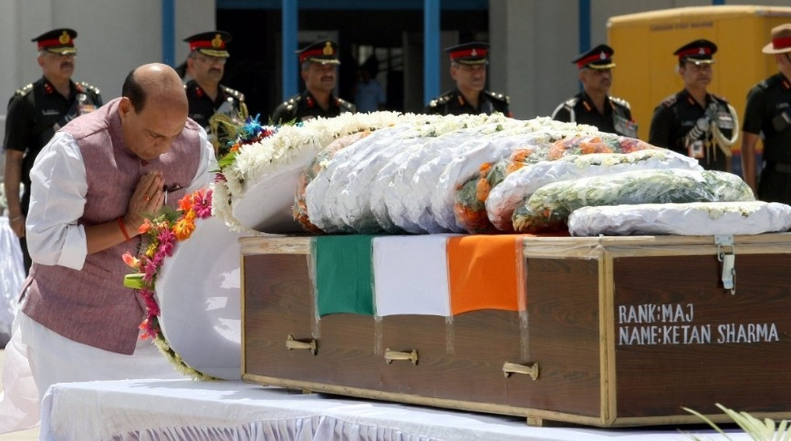 Defence Minister pays tributes to Major Ketan Sharma