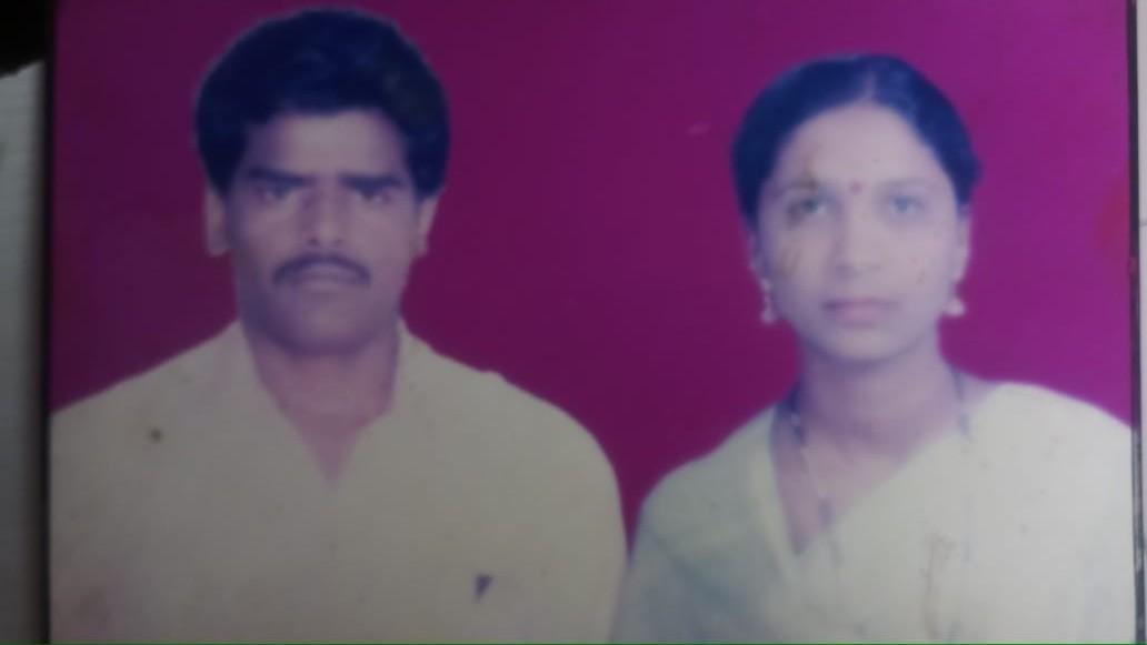 Sigmn Eknath Khairnar with his wife Smt Rekha