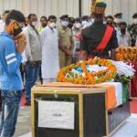 People pay their last respects to Hav Sunil Kumar