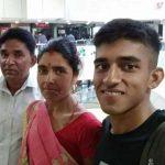 Capt Ashutosh Kumar with his parents