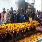 People paying tributes to Naik Nishant Sharma