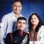 Maj Anuj Rajput with his parents