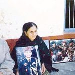 Major Sudhir's Parents with his photograph