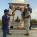 People paying homage to statue of Kargil Shaheed Subedar Bhanwar Lal Bhakar