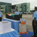 Air Force personnel pay their tributes to Wing Commander Mandeep Singh Dhillon
