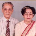 The parents of 2nd Lt Arun Khetarpal, Brig M.L. Khetarpal and Mrs Maheshwari Khetarpal