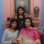 Capt Mandeep Singh's Family comprising his wife Rajwinder Kaur and daughters Gurmeher and Bani
