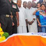 Major Krishnan Manoj Kumar's son paying tribute