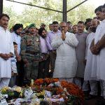 People pay homage to Hav Satpal Bhasin
