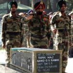 Army personnel pay their last respects to Major Raman Dada